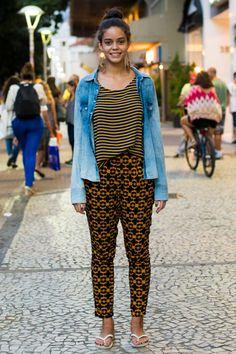 Explosão de jeans: tecido domina os looks dos cariocas. Vote nos favoritos