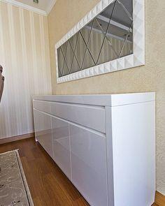 Ev Dekorasyonu #ozgurgurlerdesign #home #decoration #interiordesign #console #mirror #white #lacquer #wood #architecture #furniture #design #application #evdekorasyonu #içmimari #konsol #ayna #beyaz #lake #ahşap #mimari #mobilya #tasarım #uygulama http://turkrazzi.com/ipost/1517536706399934469/?code=BUPX5gelZgF