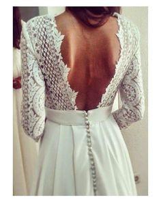Cómo es de ideal este vestido de novia de @lentejitadesig?  #goodnight #buenasnoches #wedding #weddingday #boda #bride #bridetobe #bridal #onedaybridal #onedaybride #novia #groom #bridaldress #vestidodenovia #lentejita #mangalarga #espaladasinfinitas #weddingdress #style #inlove #amazing #espectacular #beautiful #stunning #weddinginspiration #inspiration #love #like #picoftheday #siempremia