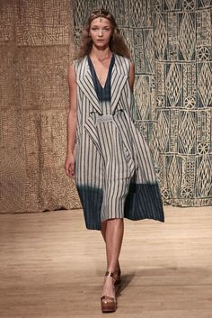 http://www.style.com/slideshows/fashion-shows/spring-2015-ready-to-wear/tia-cibani/collection/28