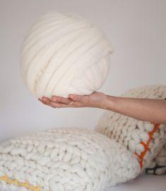 Ovillos de 50 metros de lana Merino 100% española en mecha (aprox. 400 gr.) Es…