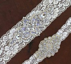 How GORGEOUS is this vintage inspired bridal garter set? Ivory, white, black, or even tiffany blue elastic lace garters with BEAUTIFUL rhinestone jewel pieces.. These garters are elegant and classy and will add the perfecting touch to your wedding dress making your special day even more memorable!