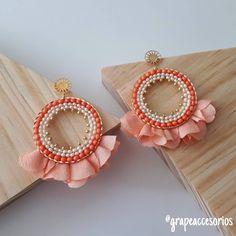 Diy Jewellery Designs, Diy Jewelry, Jewelry Accessories, Handmade Jewelry, Jewelry Design, Seed Bead Earrings, Gemstone Earrings, Beaded Earrings, Crochet Earrings