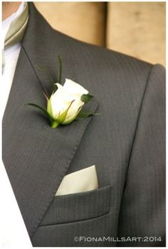 Groom Style Dark Grey Suit Ivory Rose Onhole Flower White Shirt Cream