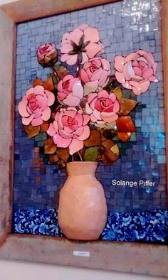 I need to learn how to do this! Mosaic Planters, Mosaic Tray, Mosaic Tile Art, Mosaic Artwork, Mosaic Garden, Mosaic Crafts, Mosaic Projects, Mosaic Glass, Glass Art