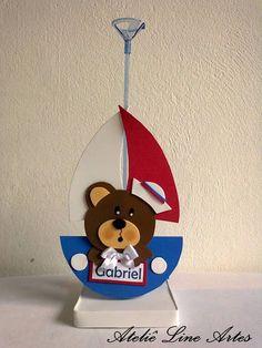 Enfeite de Mesa Ursinho Marinheiro  Feito em EVA e personalizado com nome  Tamanho 30 cm com suporte  Base e suporte para balão