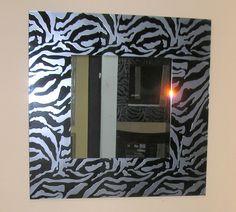 Χειροποίητη δημιουργία μου σε γυαλί-υπάρχει δυνατότητα διαφοροποιήσεων. Mirror, Furniture, Home Decor, Decoration Home, Room Decor, Mirrors, Home Furnishings, Home Interior Design, Home Decoration