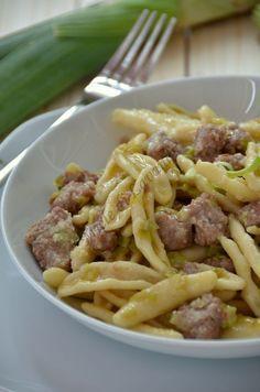 Pasta con salsiccia e porri – Rezepte Pastas Recipes, Cooking Recipes, Healthy Recipes, Pasta Cremosa, Italian Pasta, Polenta, I Love Food, Pasta Dishes, Italian Recipes