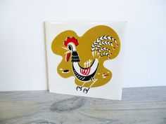 I love mid-century crazy, happy roosters.