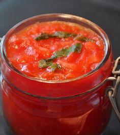 Salsa de tomate casera pomodoro para tus pastas http://www.ilgustoristorante.es/salsa-tomate-casera-pomodoro-tus-pastas/