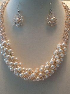 Conjunto de collar y aretes ruso espiral Champagne por beadandweave