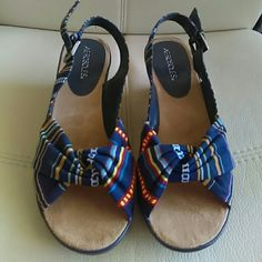 saleAerosoles wedges shoes Like new Excellent condition Beatiful colors Aerosoles  Shoes Wedges