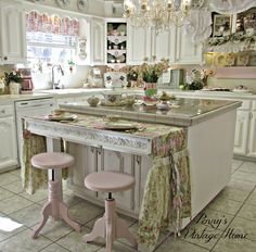 Penny's Vintage Home: Mary Engelbreit Valentine Table Runner