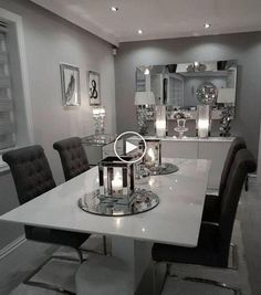 Black Dining Room Decor ideas - How do you add color to a dining room? Black Dining Room Decor ideas - How do you make an antique dining table look modern? Dining Table In Living Room, Elegant Dining Room, Luxury Dining Room, Dining Room Design, Dining Area, Dining Room Ideas On A Budget, Dining Chairs, Small Dining, Minimalist Dining Room