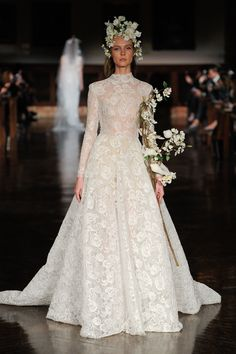 See every dress from Reem Acra's Spring 2019 wedding dress collection, straight from the Bridal Fashion Week runways! Reem Acra Wedding Dress, Reem Acra Bridal, Ethereal Wedding Dress, Wedding Dress Trends, Wedding Dress Sleeves, Long Sleeve Wedding, Wedding Gowns, Lace Wedding, Wedding Ceremony