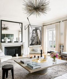 Gorgeous Modern French Interiors Pics - Home Professional Decoration Modern French Interiors, French Interior Design, Interior Design Minimalist, Contemporary Interior Design, Interior Design Inspiration, Interior Modern, Modern French Decor, French Chic, Design Ideas