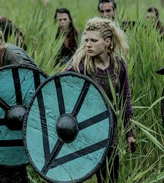 Katheryn Winnick as Lagertha in Vikings, season 4 episode 7.