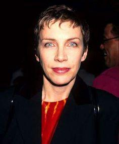 Annie Lennox       cb