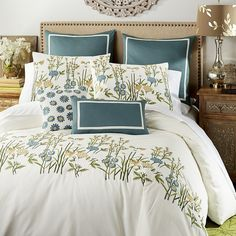 Pier 1 Imports Wildflowers Embroidered Full/queen Duvet Cover (5.840 RUB) ❤ liked on Polyvore featuring home, bed & bath, bedding, duvet covers, natural, flower bedding, cotton bedding, embroidered pillow shams, flower stem and embroidery bedding