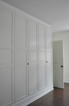 Getting a customized look with Ikea's Pax wardrobe bedroom updates - Home Decor -DIY - IKEA- Before After Wardrobe Wall, Ikea Pax Wardrobe, Bedroom Wardrobe, Built In Wardrobe, Hacks Ikea, Ikea Pax Hack, Ikea Closet Hack, Build A Closet, Bedrooms
