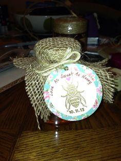 Favors for wedding shower, honey jars