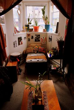 living room by beyond the mountain, via Flickr