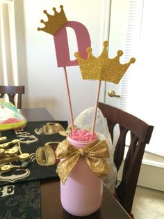 DIY Pink and Gold Princess Party centerpiece by Alejandra Gonzalez Pink And Gold Birthday Party, Baby 1st Birthday, Gold Party, First Birthday Parties, Princess Party Centerpieces, Birthday Party Decorations, Princesse Party, Disney Princess Birthday, Gold Baby Showers