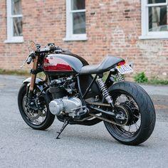 Cognito Moto Custom Honda CB550 Café Racer