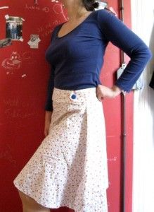 Tuto jupe facile avec ceinture boutonnée ©Saki / T&N