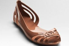 Gucci environmentally-friendly shoes made from biodegradable material? wantttt