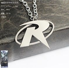 Comics Super Hero Batman Robin Logo Metal Necklace Pendant 1