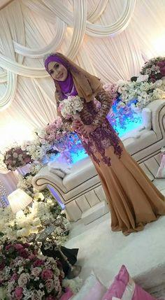 ♡ Malay Wedding Dress, Wedding Dresses, Bridal Fashion, Dress Ideas, Bridal Style, Muslim, Aurora Sleeping Beauty, Disney Princess, Bride Dresses