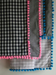 Molly Sketchbook: Pom Pom Scarf - A Purl Bee - Padrões e Idéias Knitting Crochet costura bordados artesanais!