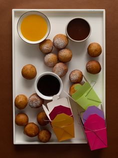 Bomboloni with Chocolate Espresso, Whisky Caramel, and Clementine Sauces / Chris Gentile Mini Dessert Recipes, Party Desserts, Mini Desserts, Small Desserts, Donut Recipes, Sweet Recipes, Balloon Lights, Chocolate Espresso, Baking Flour