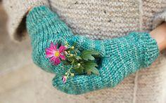 Ravelry: Everyday mittens pattern by Anna & Heidi Pickles