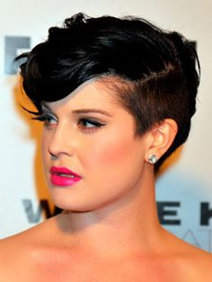 side short black hairstyles with wavy hair Short Black Hairstyles for Women 2014