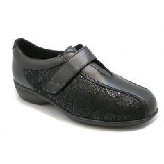 Men Dress, Dress Shoes, Oxford Shoes, Flats, Fashion, Over Knee Socks, Zapatos, Formal Shoes, Oxford Shoe