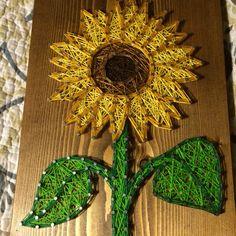 Sunflower string art - Order from KiwiStrings on Etsy ( www.KiwiStrings.etsy.com )