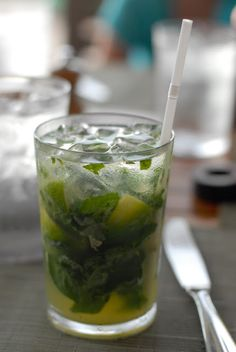 Drink Recipes for Entertaining | Costa Rican Basil Mojito