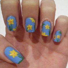 Daffodil nail art by sparklemynails