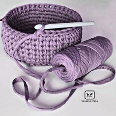 Discover thousands of images about The best of t-shirt yarn is how fast you progress. Lo mejor del trapillo es que avanzas muy rápido.Crochet Basket with T-shirt yaFree crochet pattern: chunky crochet storage tubs - Mollie Makes Crochet Home Decor, Crochet Crafts, Crochet Yarn, Yarn Crafts, Crochet Stitches, Crochet Bowl, Diy Crafts, Crotchet, Crochet Basket Pattern