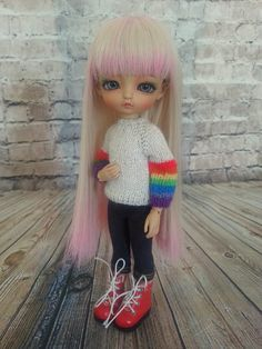 This is Finn's sweater but Myffy thinks she wears it better. Shhhh, don't tell her the sleeves are too short. Elsa, Disney Characters, Fictional Characters, Dolls, Disney Princess, Sweaters, How To Wear, Baby Dolls, Puppet