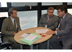 Arantes pede legistas para Sudoeste e Sul de MG http://www.passosmgonline.com/index.php/2014-01-22-23-07-47/geral/6402-arantes-pede-legistas-para-sudoeste-e-sul-de-mg