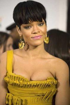 Rihannas sexy short hairstyle!