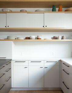 Kitchen of the Week: Oakland Family Kitchen by Medium Plenty - Remodelista Kitchen Cabinet Interior, Kitchen Cabinet Styles, Kitchen Cabinet Hardware, White Kitchen Cabinets, Painting Kitchen Cabinets, Kitchen Cabinetry, Kitchen Ikea, Kitchen Decor, Kitchen Design