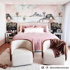 Inspiração. 💭  Que tal um toque especial na decoração?  Papel de parede ADalicedesign Entre em contato: Whatsapp: 32 9 8823-7664 alicedesign.ga@gmail.com www.alicedesign.com.br ▫ ▫ ▫ ▫ ▫ ▫ ▫ ▫ ▫ ▫ ▫  #adalicedesign #alicedesign #ad #design #decoração #decore #diy #cor #graficdesign #interiordesigner #designdeinteriores #arte #quarto #baby #menino #menina #coisalinda #criative #criativedesigner #designer #papeldeparede #adesivo #vinil #parede #moderno #personality #personalizado #criação ・・・…