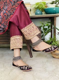 Tulip Pants, W Clothing, Shadi Dresses, Casual Dresses, Fashion Dresses, Designer Punjabi Suits, Salwar Designs, Embroidered Clothes, Anarkali Dress