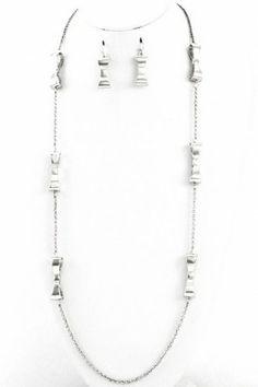Metal bow long necklace set. #salediem #jewelry #gold #accessories