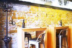 Chez Thomas restaurant Lyon bar à vin cuisine traditionnelle interior design
