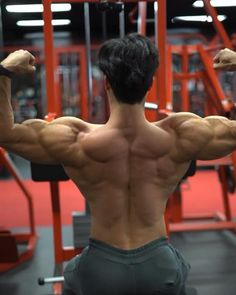 Gym Back Workout, Abs And Cardio Workout, Gym Workouts For Men, Gym Workout Chart, Gym Workout Videos, Gym Workout For Beginners, Dumbbell Workout, Back Workout Bodybuilding, Bodybuilding Training